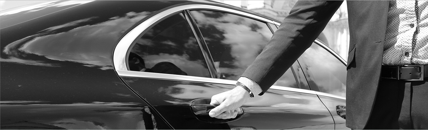 Book a private chauffeur in France