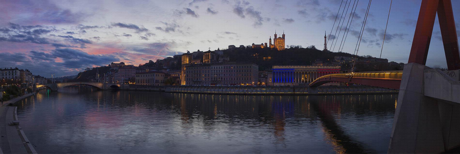 Réservez votre chauffeur à Lyon et sa métropole | Pickmecab.fr