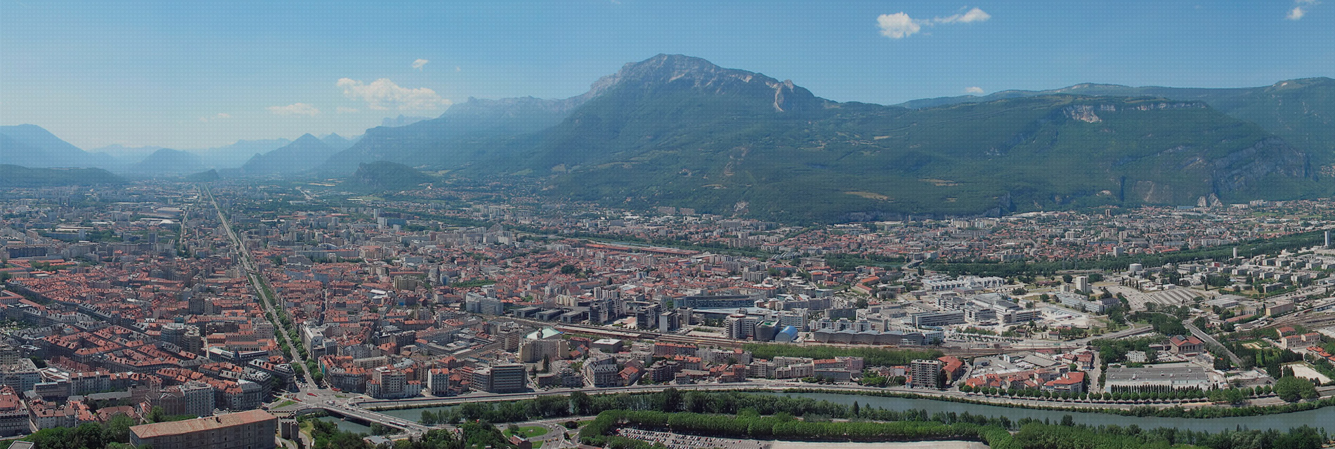 Réservez votre chauffeur à Grenoble et ses alentours | Pickmecab
