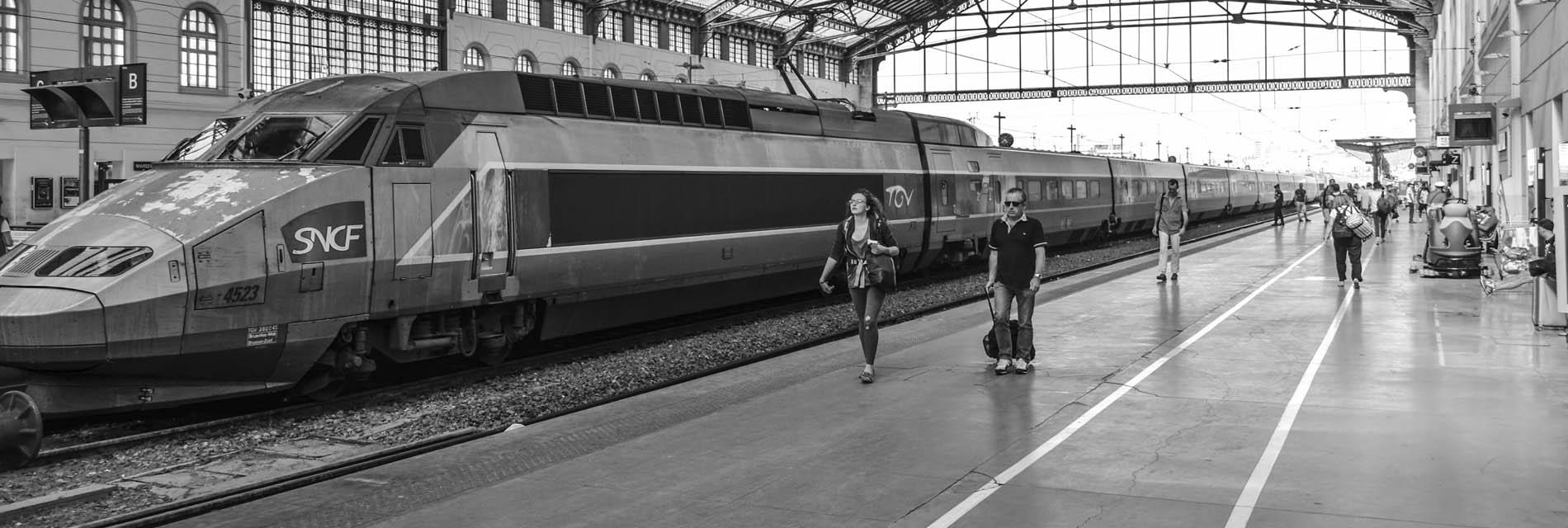 Navette collective entre Orléans et les Gares SNCF de Paris