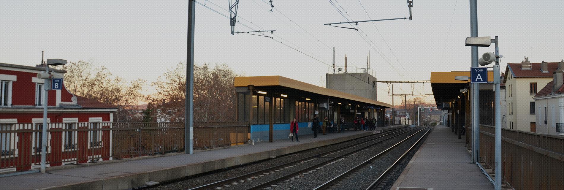 Votre chauffeur VTC vous transporte en gare de Saint-Etienne